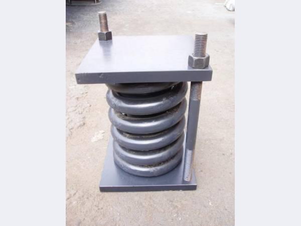 Блоки пружинные для опор и подвесок трубопроводов