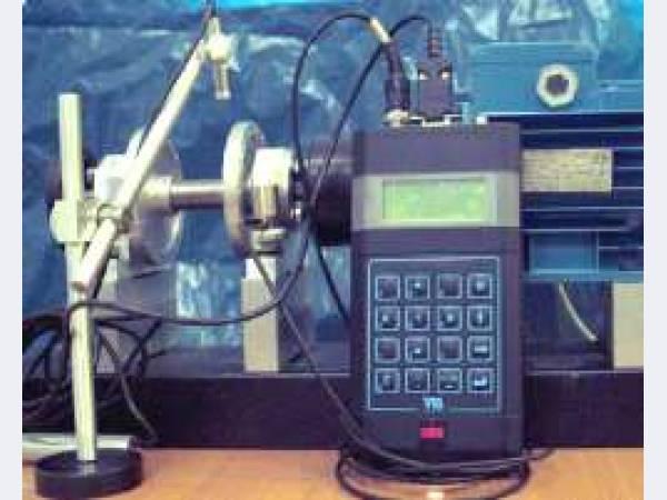 Виброметр-Тахометр-Балансировщик-Термометр.  Основной причиной повышенной вибрации вращающихся машин является...
