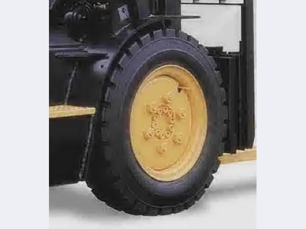Пневматические шины для погрузчиков Trelleborg 21*8-9/14PR P222