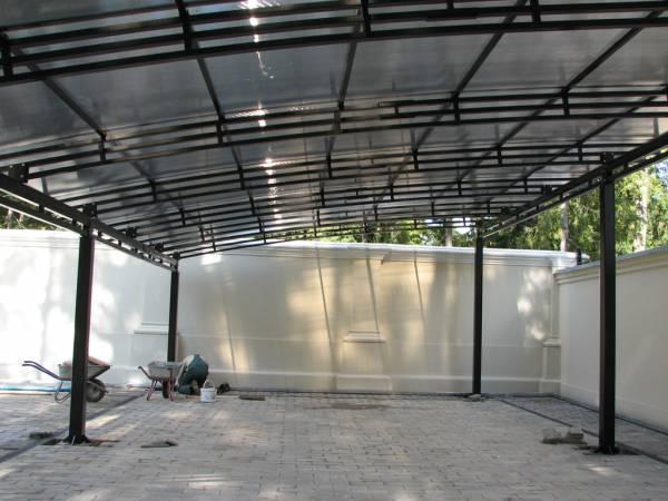 Монтаж металлоконструкций, настил поликарбоната.