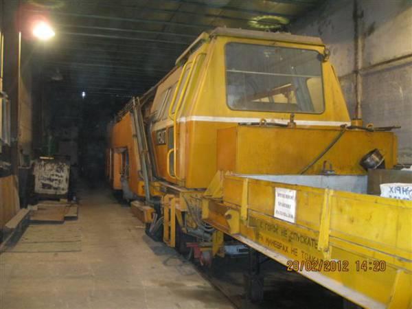 Продам выправочно-подбивочная машина ВПРС-02.  Год выпуска - 1992 В эксплуатации была с 1992 по 1994г.