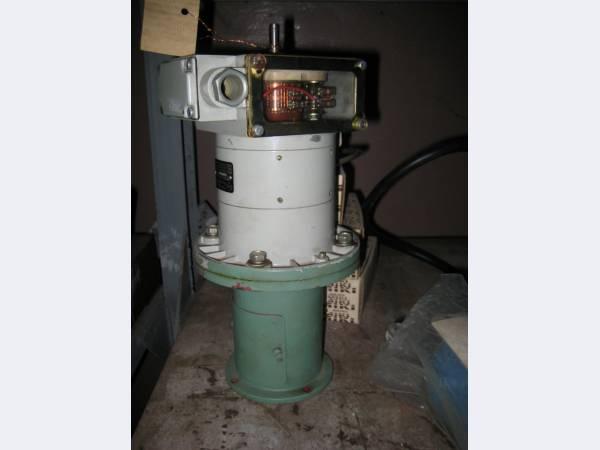 Электродвигатели для прессов, фрезерных, токарных и др. станков