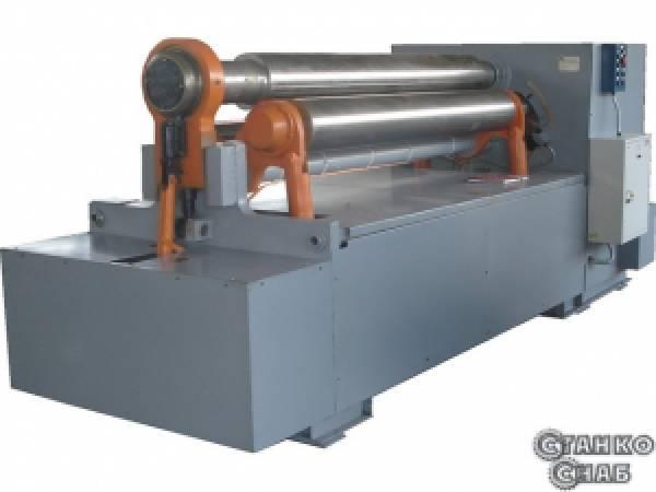 Трехвалковая листогибочная машина (вальцы) ИБ2220В