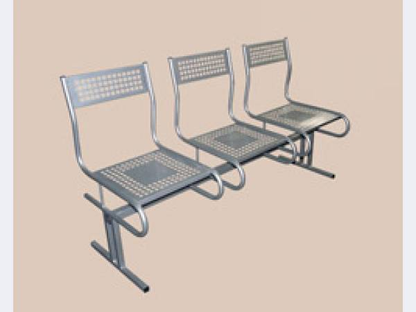 Перфорированные многоместные секции стульев