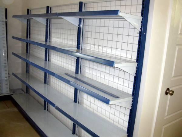 Полки витрины - Стеклянные витрины для магазинов, витрины для