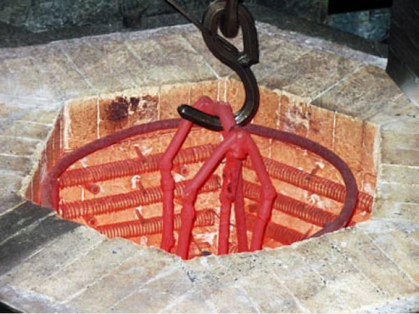 Защита металлоизделий из сталей и сплавов при нагреве от окисления и обезуглероживания.