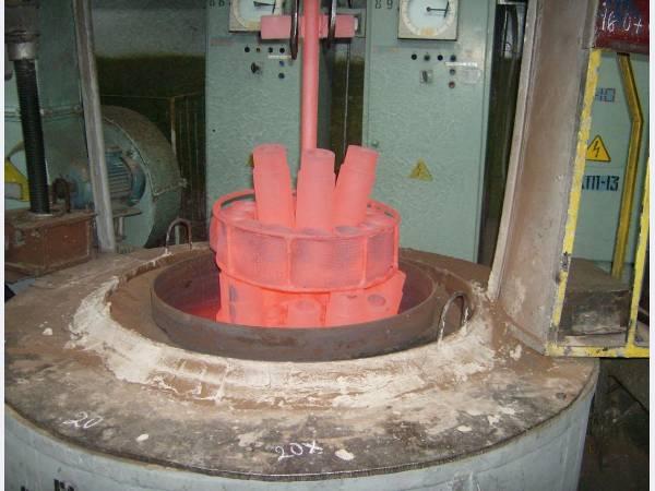 Метод защиты металлоизделий от обезуглероживания и окалинообразования при термообработке.