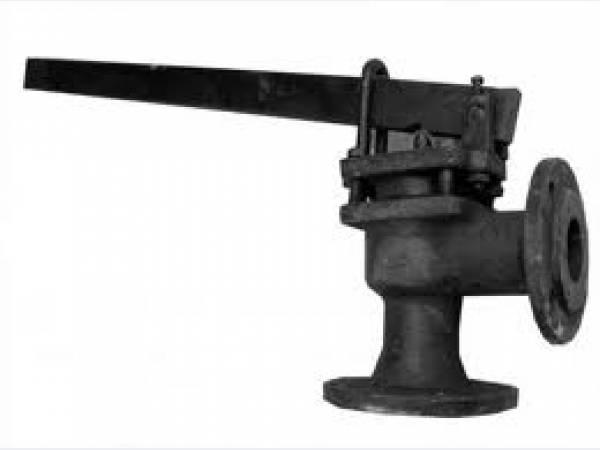 Клапан предохранительный двухрычажный угловой