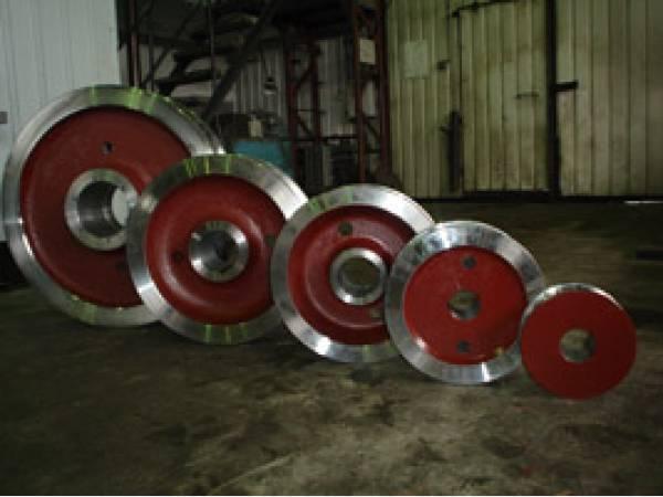 Изготовим крановые колеса, буксы,шкивы,муфты зубчатые.