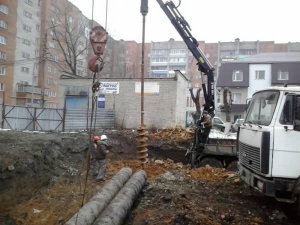 Аренда буровых машин / услуги ямобура