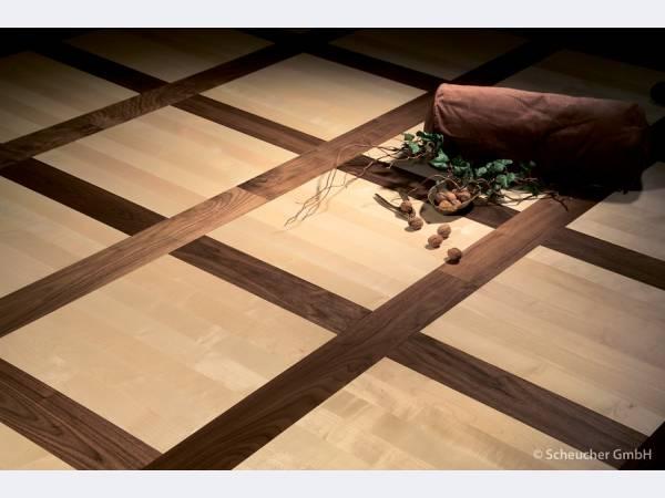 Декор фанеры на полу