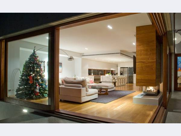 Окна дубовые заказ Двери элитные массив Лестницы изготовление Реставра