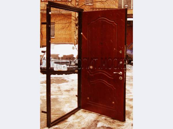 изготовить металлические входные двери в москве