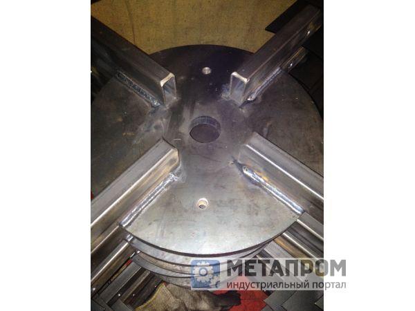Предлагаем услуги по сварке труб из стали