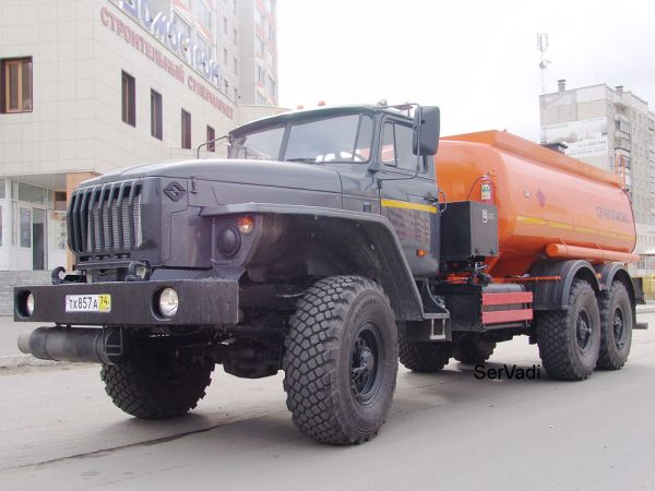 Автотопливозаправщик АТЗ 10 на шасси Урал