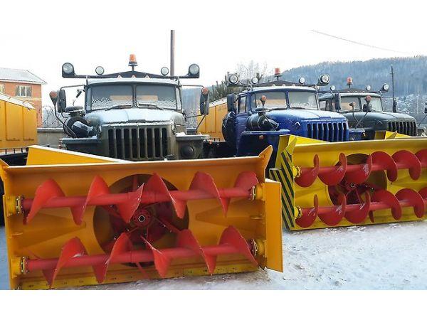 Снегоочиститель шнекороторный на шасси Урал