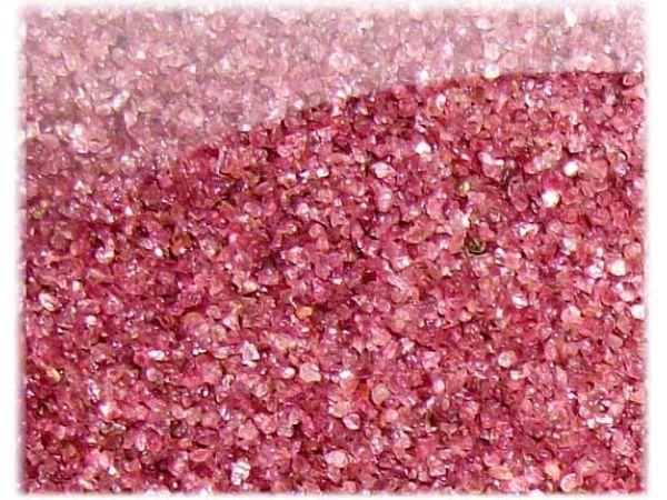 Гранатовый песок ugarnet является универсальным материалом для струйной резки, абразивной обработки поверхностей