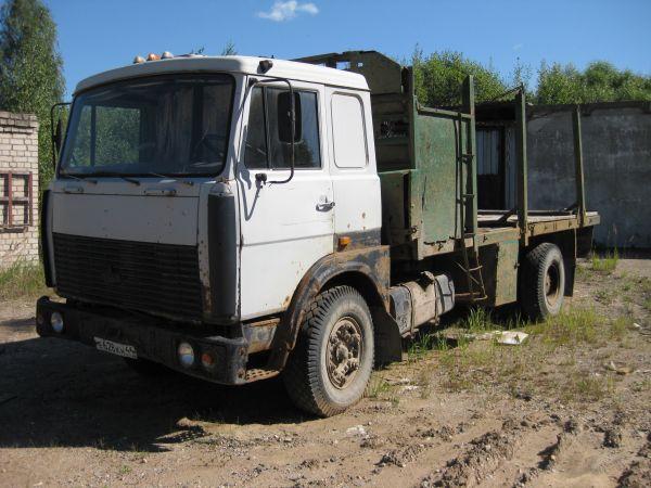 Сортиментовоз(лесовоз) МАЗ-53366;1993г.в.Двигатель ямз-238, 240л/с.