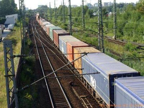 Контейнерные ж/д перевозки грузов из Москвы по России.