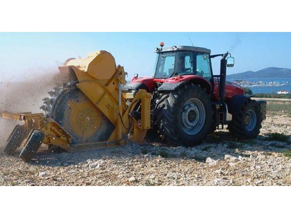 Траншеекопатель на трактор VALENTINI RA1500