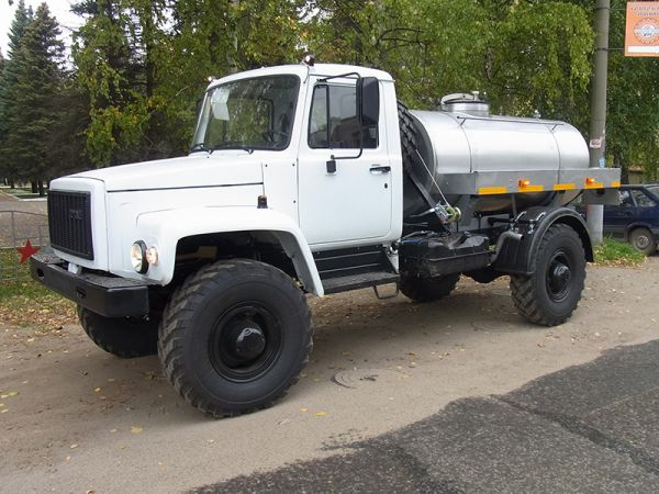 Молоковоз ГАЗ 33081 1,9 м3 (новый водовоз)