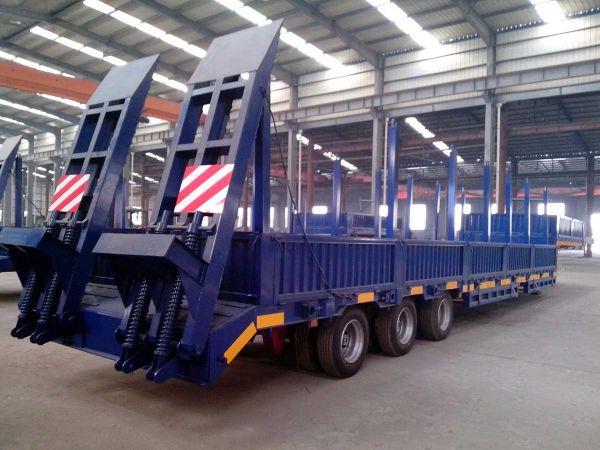 Продам трал 60 тонн с прямой площадкой 3 оси;