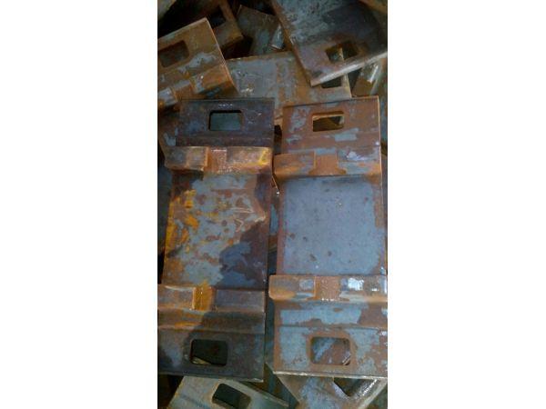 Подкладка Д65 20тн по 89500 руб/тн срочно, Подкладка КД65 новая и подк