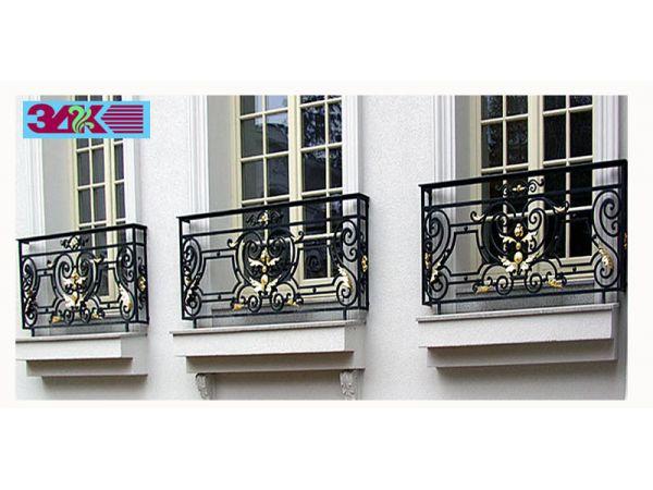 Кованые ограждения лестниц, балконов, крылец в старом осколе.