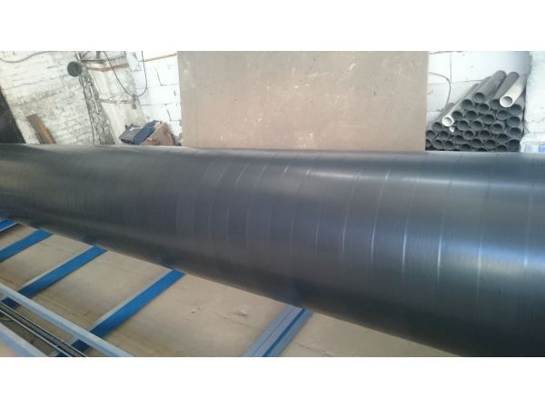 Трубы стальные с ленточным  антикоррозионным защитным ПВХ покрытием.