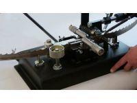 Разводной станок для узких ленточных пил АРС-15.1 полуавтоматический.