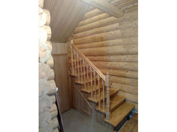 Деревянная лестница ДЛ1