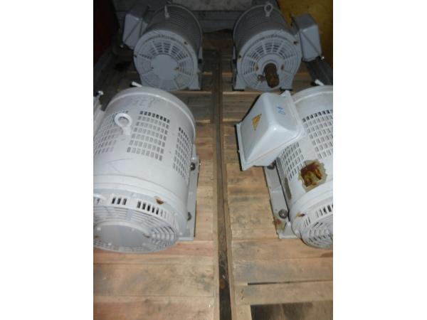 электродвигатель асинхронный НВА-55А IM1001 для электровоза629.139.005