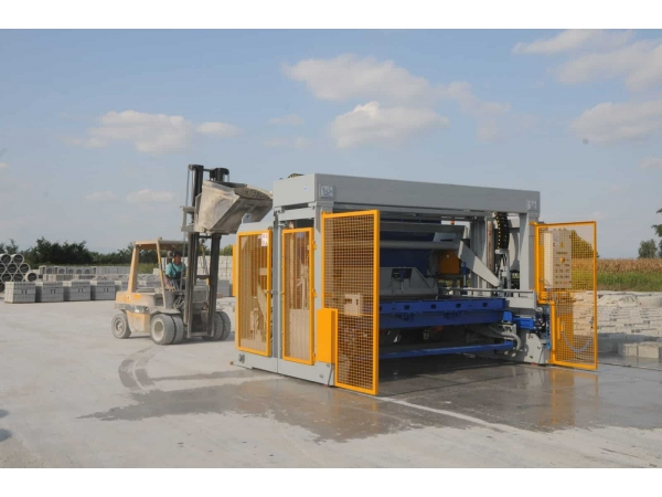 Виброформовочная машина для производства ЖБИ