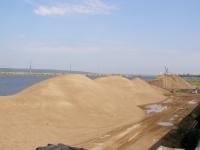 Карьерный песок с доставкой.