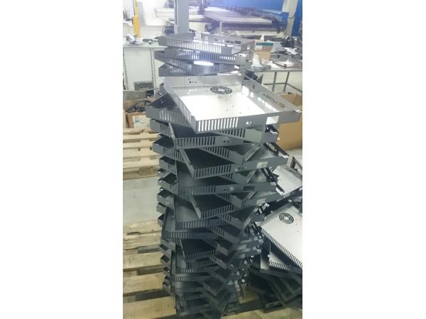 Производство корпусов электротехнических из металла.