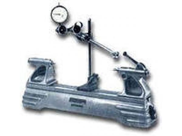 Приборы для контроля изделий на биение ПБ 1600