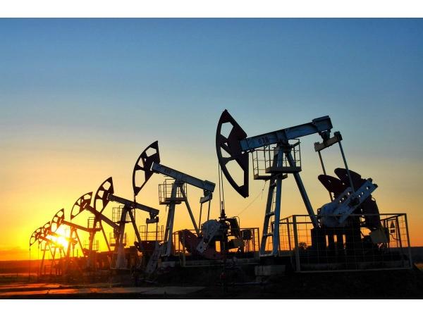 Поставка нефти. Пл-ть 805 сера 0,4 выход 75 и более