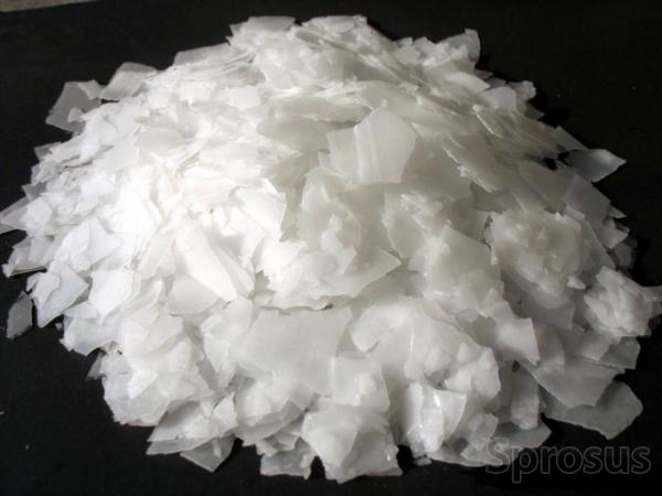 Сода каустическая чешуя меш.25 кг.