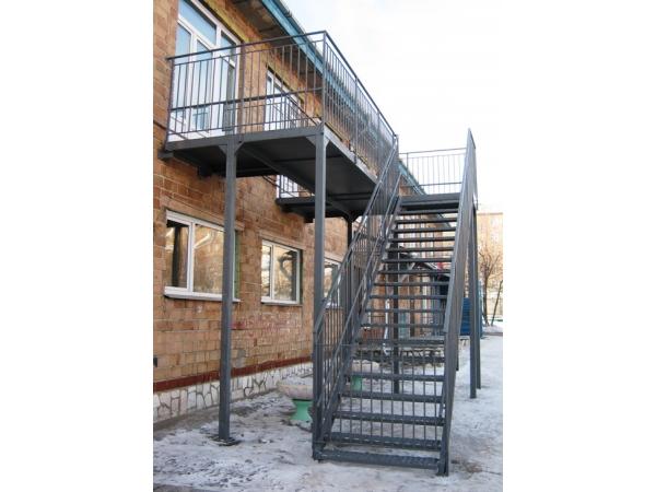 Металлоконструкции. Пожарные эвакуационные лестницы.