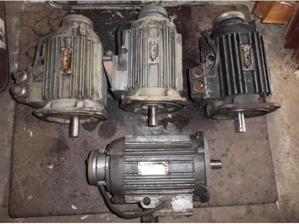 Двигатель подач привода Размер 2м-5-21, 4АМХ2П100L4ПБТ