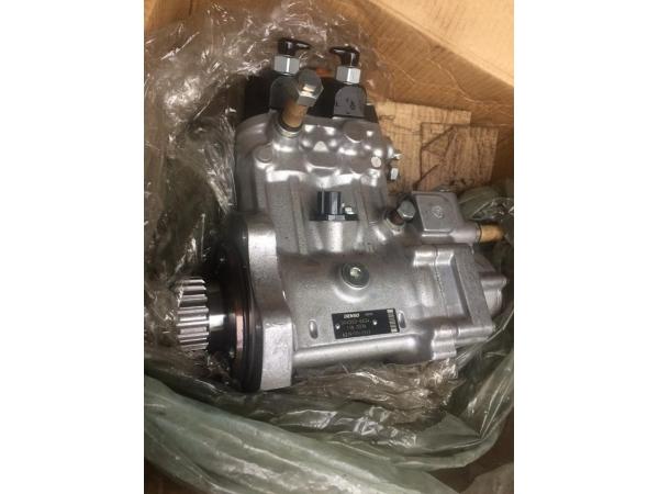 СПЕЦПРЕДЛОЖЕНИЕ - Топливный насос KOMATSU - 6219-71-1111 fuel pump.