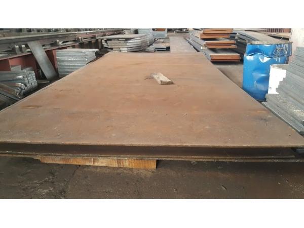 Стальтрубосервис реализует лист стальной 8, 10, 12, 14мм