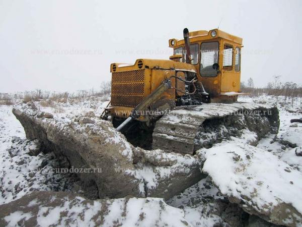 Бульдозер ЧТЗ Т-130, 3 м3, болотник