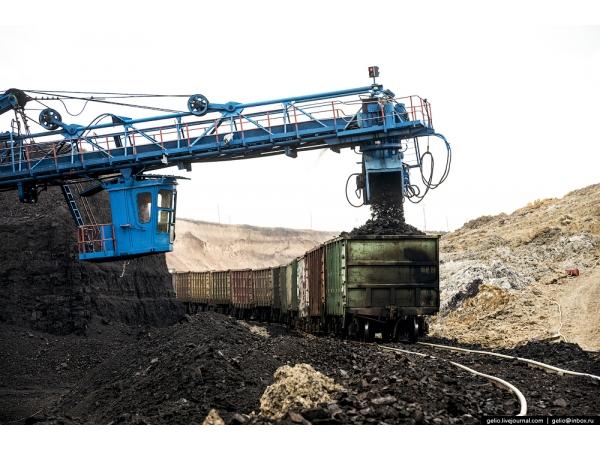 Поставка угля , промышленные объемы