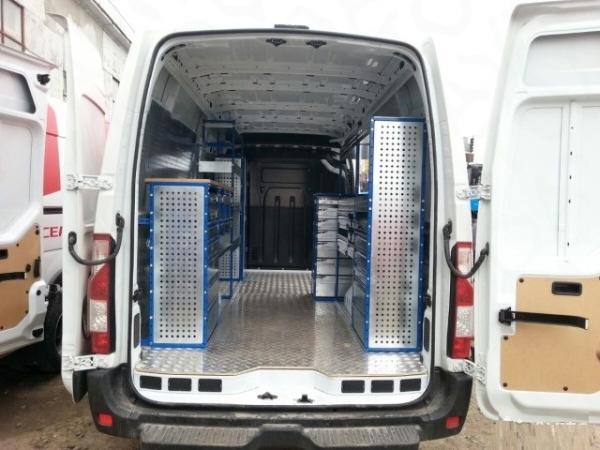 Оснащение автомобилей модульной мебелью