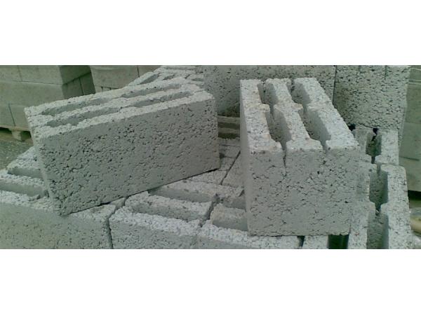 Керамзитобетонный блок шлакоблок