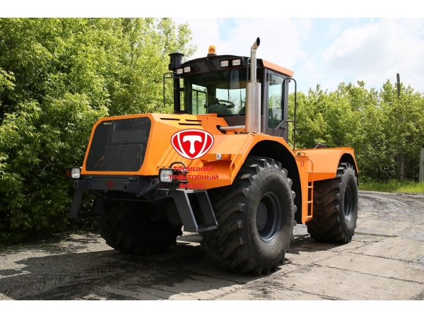 Трактор-тягач колесный К-704-4Р «СТАНИСЛАВ» «КЛАССИК»
