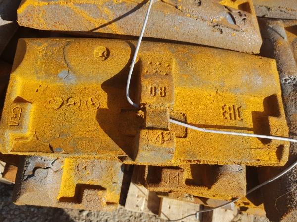 Колодка локомотивная гребневая и безгребневая