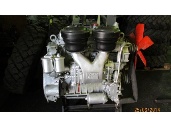 Двигатель ЯАЗ 204 и насос-форсунки с хранения