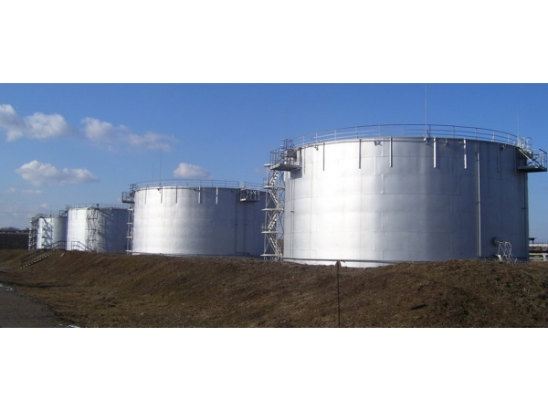Услуги по очистке резервуаров от нефтепродуктов